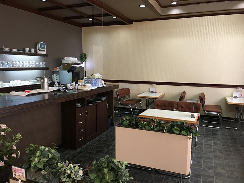 ランチ&コーヒー 喫茶 ラジャコート